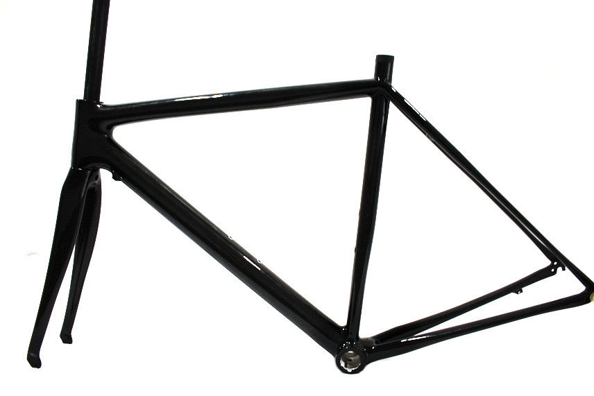 Gaint Medium Small Carbon Road Bike Frame Only FM009 Internal Cable Routing